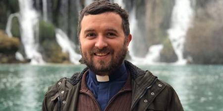 """""""Насамперед, маю бути священником для своєї дружини та дітей, а вже потім для своєї парафії!"""" - отець Тарас Бровді про подружжя, гроші, погрози мольфарів та сьогодення"""