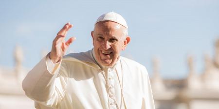 """""""Чому католики шанують Папу Римського і чому він має найбільшу владу на землі"""", - коментар Євангелія дня"""