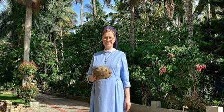 """""""Вже навчилася вдягати сарі! Це не так просто: спробуйте правильно впоратися з 6 метрами тканини!"""" - сестра Едіта Улман про католиків, їжу та звичаї в Індії"""