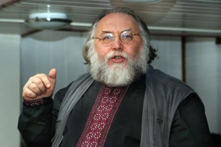 """Отець Олександр ЧУМАКОВ: """"Патріот це той, хто ВІРИТЬ в Бога, а не в особистість"""""""